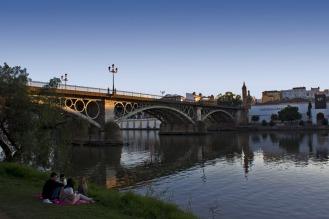 Guadalquvir_triana_puente
