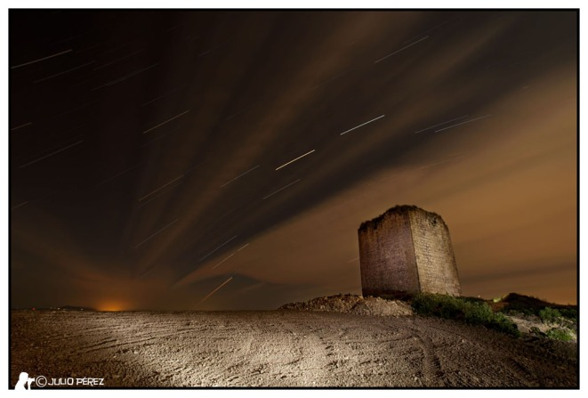 Torre_del_aguila_stratrails_2